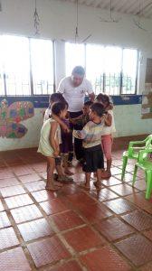24 MOPI - UCA Guamito Encuentros tradicionales con niños y niñas Agente Educativo Jorge Raúl, Resguardo Wacoyo